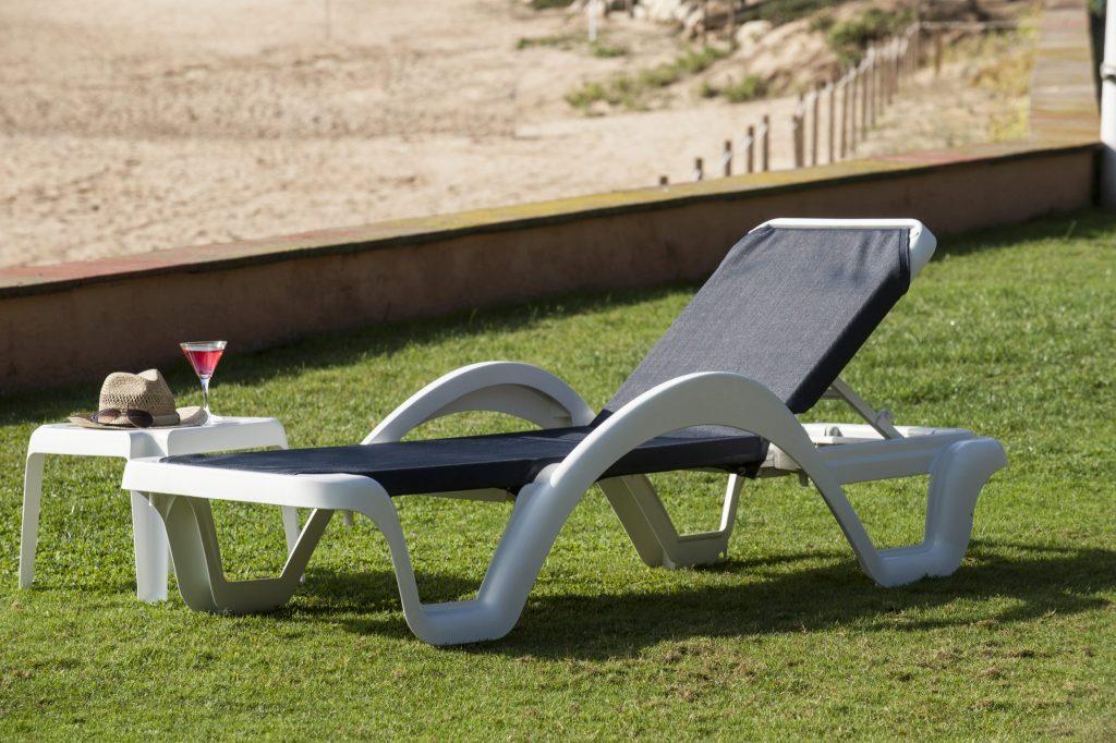 lit de soleil carmen ubisun 003 ubisun. Black Bedroom Furniture Sets. Home Design Ideas